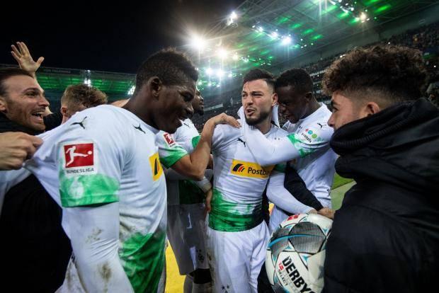 Менхенгладбахская «Боруссия» обыграла «Баварию», Бенсебайни сделал дубль