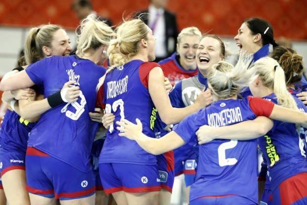 Женская сборная России стала бронзовым призером чемпионата мира