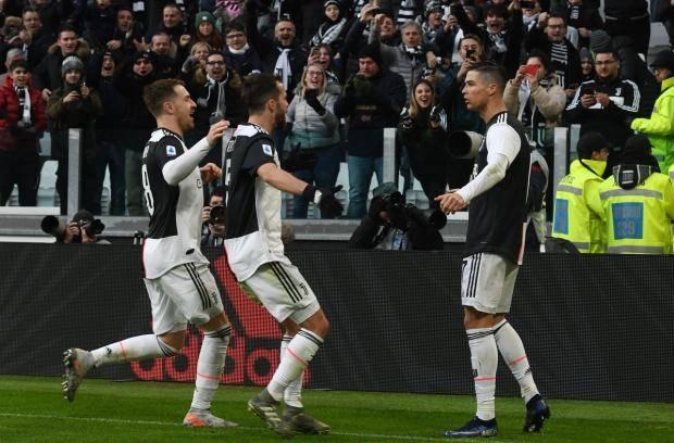 Хет-трик Роналду принес «Ювентусу» крупную победу над «Кальяри»