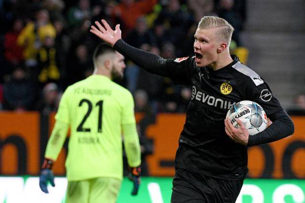 Хет-трик Холанда помог дортмундской «Боруссии» обыграть в гостях «Аугсбург»