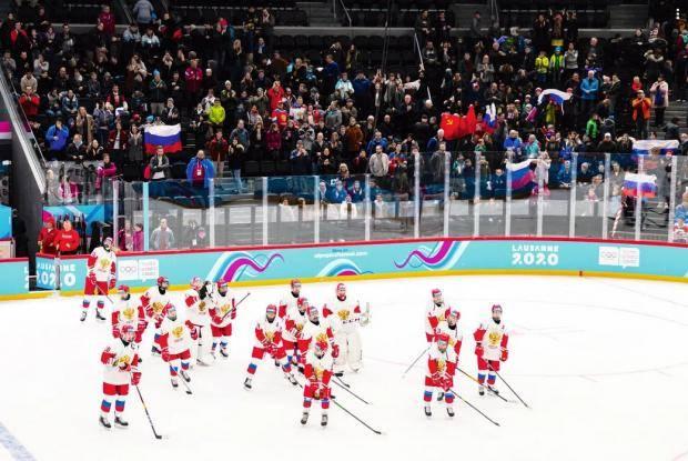 Россия нацелилась на золото в хоккее