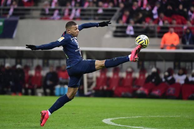 «ПСЖ» разгромил «Реймс» и поспорит с «Лионом» за финал Кубка лиги