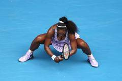 Федерер спасся, Серена – нет. Итоги пятого дня Australian Open