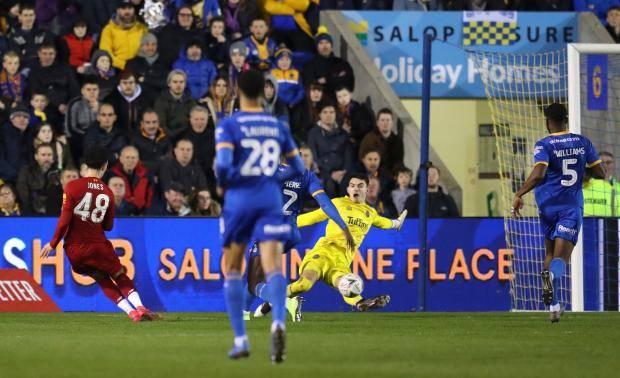 «Ливерпуль» не смог обыграть «Шрусбери» из третьего дивизиона в Кубке Англии, ведя 2:0