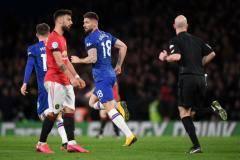 Одноглазый арбитр. VAR отменил два гола «Челси», и «Юнайтед» выиграл в Лондоне