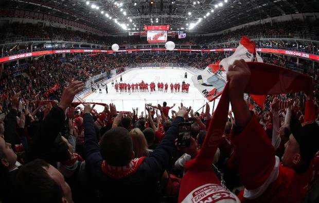 Знарок поздравляет! «Спартак» победил «Динамо» и сравнял счет в серии (видео)