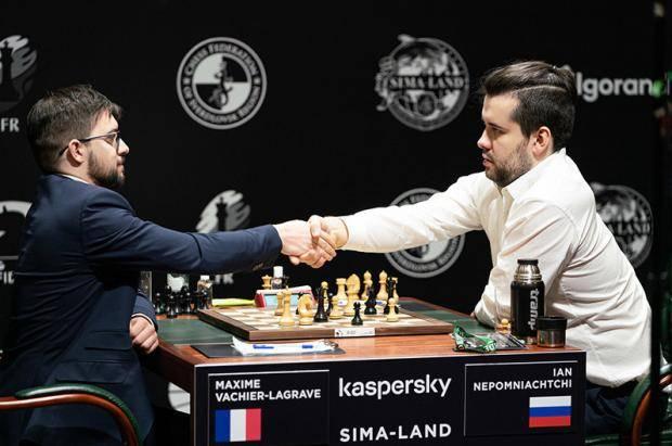Максим Вашье-Лаграв догнал Яна Непомнящего на турнире претендентов ФИДЕ