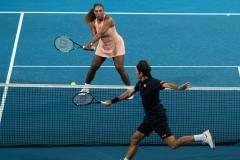 Коронавирус убил надежды Федерера и Серены. Им уже не светит «Большой шлем»