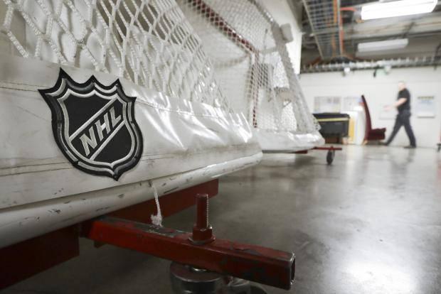 НХЛ пора смириться с потерей миллиардов долларов: у лиги нет шанса возобновить хоккейный сезон