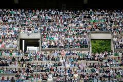 Футбол эпохи коронавирусного апокалипсиса. Почему только в России он вызывает раздражение