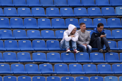 В России народ хлипче? Почему поляки разрешили заполнять арены на 25 процентов, а мы – только на 10