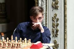Дубов устроил армагеддон американцу Накамуре. Россиянин победил в интернет-турнире