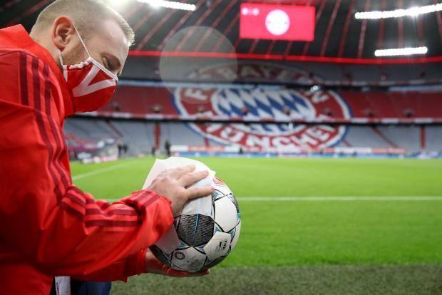 Европа больше не может без футбола. Теперь это сильнее страха перед вирусом