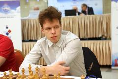 «Артемьев и Дубов – лидеры, Карлсен в тени россиян». Наши гроссмейстеры лидируют в онлайн-турнире