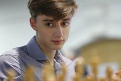 «Дубов вновь заставил нервничать Карлсена». Томашевский – о первом дне онлайн-турнира