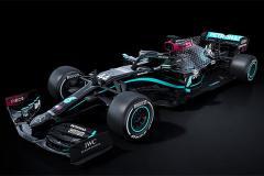 Черный «Мерседес» и двойные уик-энды. Что изменилось в «Формуле-1»?