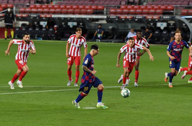 Месси забил свой 700-й гол, но «Барселона» не победила «Атлетико» (видео)