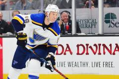 Из «Сент-Луиса» пришло еще одно тревожное предупреждение. Не пора ли НХЛ объявить об отмене сезона?