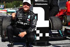 Боттас выиграл Гран-при Австрии. Квят сошел на предпоследнем круге