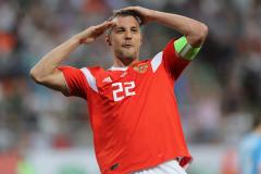 Теперь Дзюба не имеет права быть капитаном сборной России
