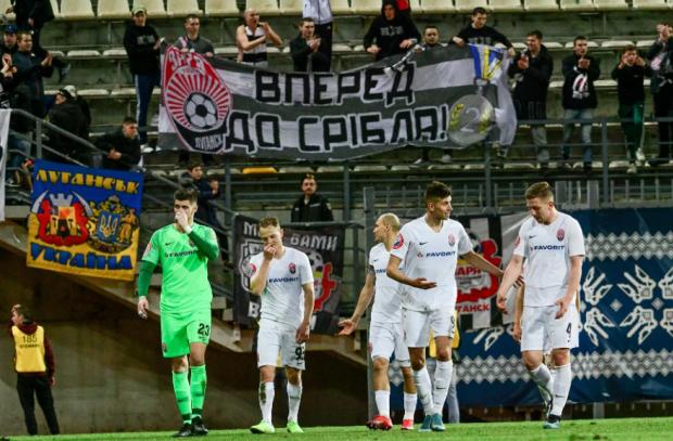 На грани жизни и смерти. Луганск бьется с Киевом за Лигу чемпионов и свое существование