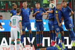 «Кто-то в нашем футболе обманывает, а кто-то честен». Червиченко – об эпидемии коронавируса в «Сочи»