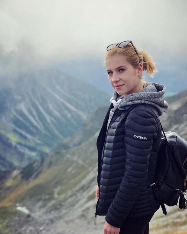 Фигуристка Александровская погибла, выпав из окна шестого этажа