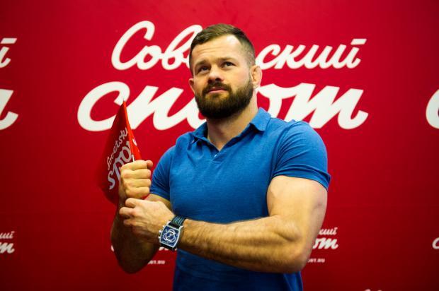Дмитрий Бикрев: Нокаутов на улице было больше, чем за карьеру