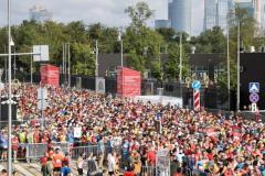 Около 13 000 спортсменов вышли на старт Московского полумарафона