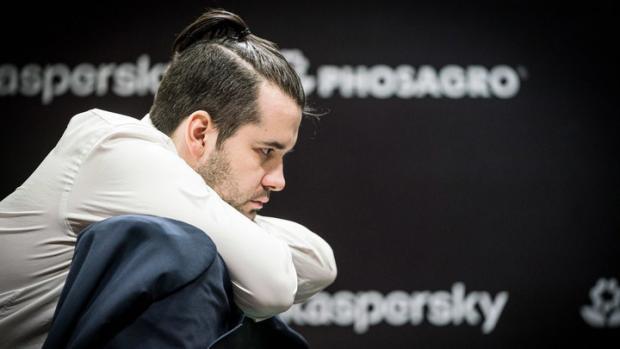Непомнящий от души «пустил кровь» Карлсену. Но тот восстал – и повел в финале
