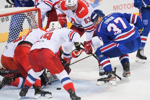 Ларионов дождался Брагина. Их команды встретятся в финале турнира в Сочи