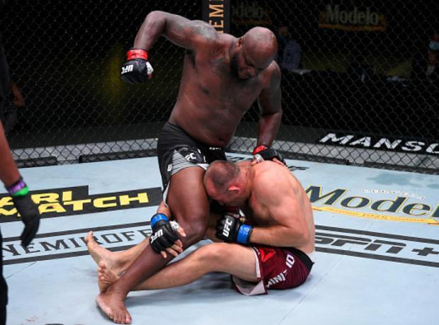 Четыре нокаута, два сабмишена: все результаты турнира UFC Fight Night 174 (видео)