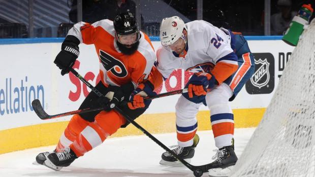 В НХЛ опять скандал. Однако две результативные ошибки судей не помогли «Айлендерс» выиграть серию