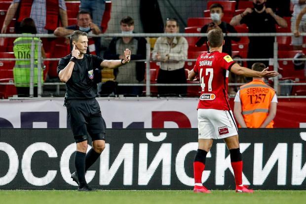 Казарцев отстранен до 10 октября, Еськов приостановил работу