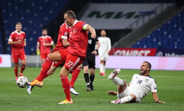 Анзор Кавазашвили: У сборной России многовато беготни, но пока выручает «старичок» Дзюба