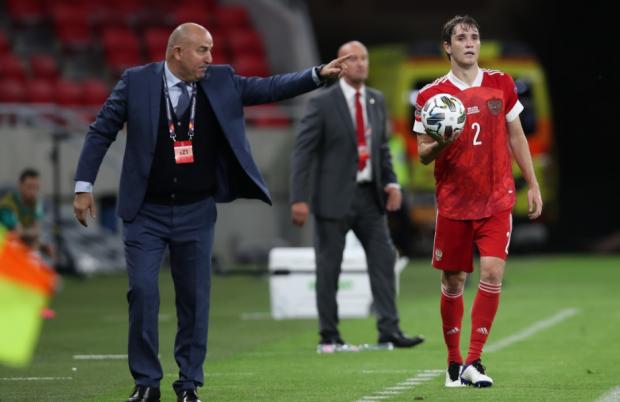 «Недаром при счете 3:0 Черчесов даже не улыбнулся – он все понимал». Сенников о победе над венграми