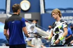 Медведев обыграл Рублева в четвертьфинале US Open, Кокорина очень ждут в «Роме»