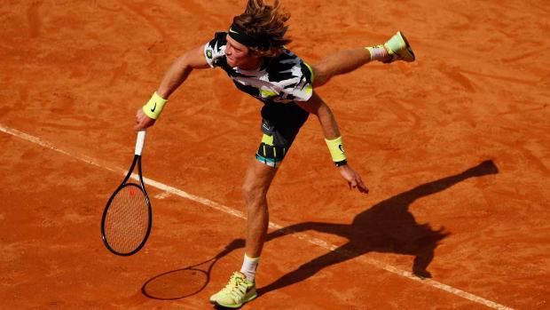 Рублев обыграл Баниса и вышел во второй круг турнира в Риме