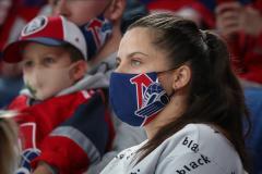 У кого много больных – это неплохо? Почему КХЛ не бьет в набат по коронавирусу