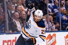 Канада в шоке: Гретцки окончательно обнулен, эксперты НХЛ опозорены. Вся надежда на Макара
