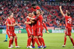 Судья отобрал у «Баварии» гол, но она все равно дожала «Севилью» в овертайме и взяла Суперкубок УЕФА