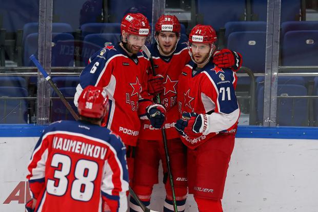 Капризов увидел, как забил его наследник. ЦСКА победил «Авангард»