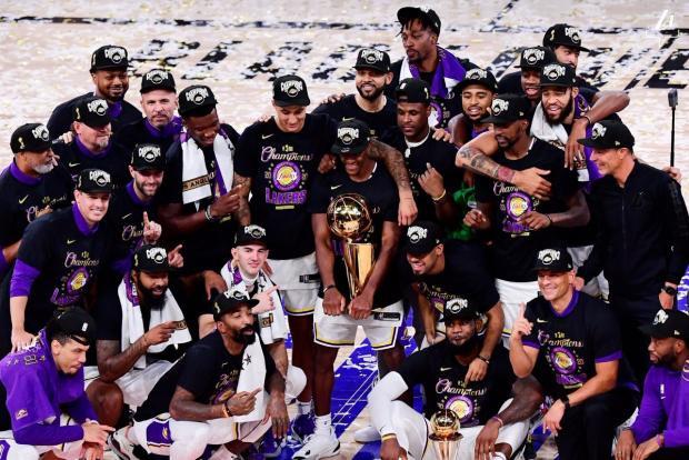 «Лейкерс» обыграли «Майами» и в 17-й раз стали чемпионами НБА