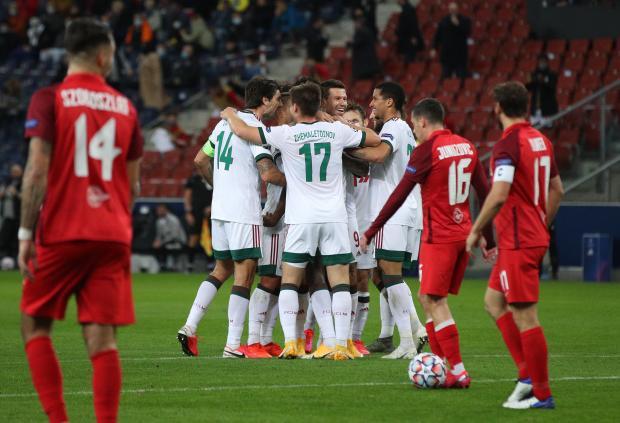 «Локомотив» ушел от поражения в матче с «Зальцбургом» благодаря голу Лисаковича