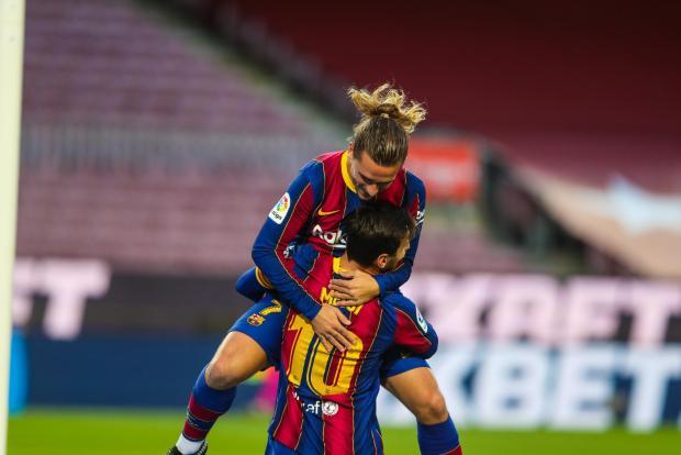 Дубль Месси принес «Барселоне» домашнюю победу над «Бетисом»