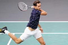 Медведев уровня «Мастерс». Россиянин – в финале супертурнира в Париже
