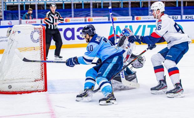 «Сибирь» на своем льду одержала победу над «Торпедо» (видео)