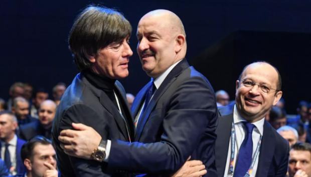 «Меняйте Лева на Флика!» «Или на Черчесова?» Соцсети смакуют севильский разгром сборной Германии