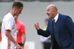Сергей Гуренко: Если бы в Белоруссии тренер прошелся по игрокам, как Черчесов, его бы поддержали