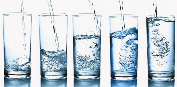 Как правильно пить воду во время занятий спортом?